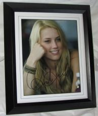 A885AH AMBER HEARD AUTHENTIC SIGNED